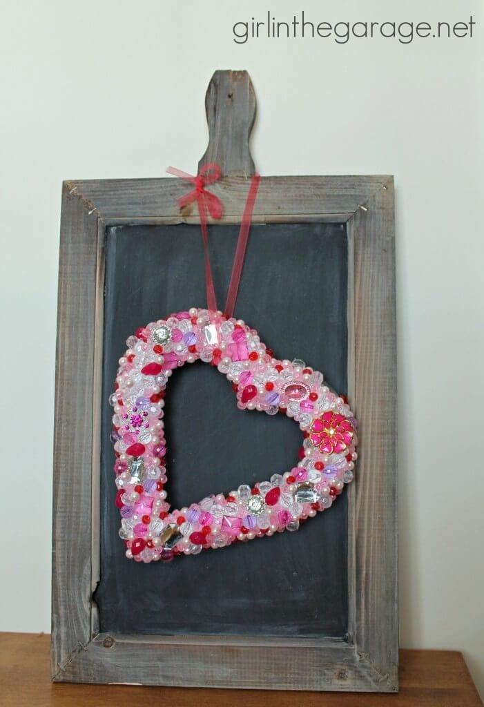 IMG_2178-beaded-heart-bling-wreath-pint-701x1024
