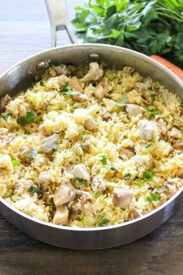 quick and easy dinner ideas, simple dinner ideas, chicken and rice is a delicious weeknight quick dinner idea