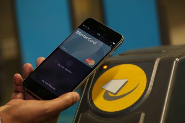 Apple-Pay-MasterCard-Londong-fare