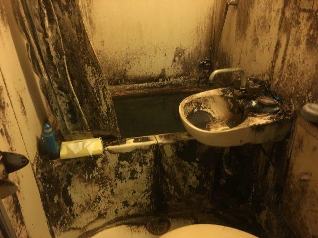 さいたま市 汚部屋 バスルーム