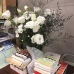 白い花束を君に…。