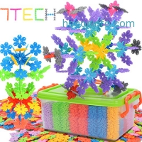 ihocon: 7TECH 1000 Pcs Snowflake Building Blocks雪花積木組