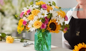 ihocon: Mother's Day Flowers and Gifts from FTD.com (Up to 50% Off). Three Options Available.