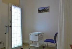 UVA/UVB Lichttherapie - Hautarzt in Wiener Neustadt - Dr. Thomas Untergrabner