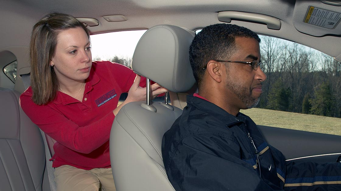 Neck injury risk is lower if seats and head restraints are rated good
