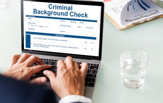 background-checks-online-vs-private-investigator