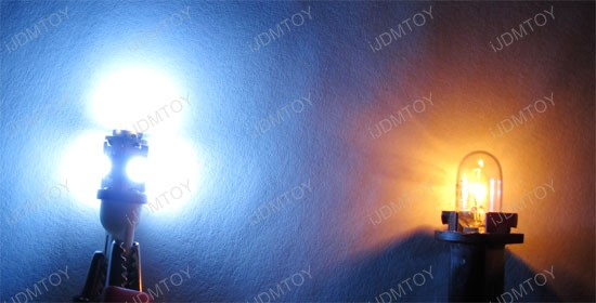 Aftermarket LED bulb vs. stock filament bulb
