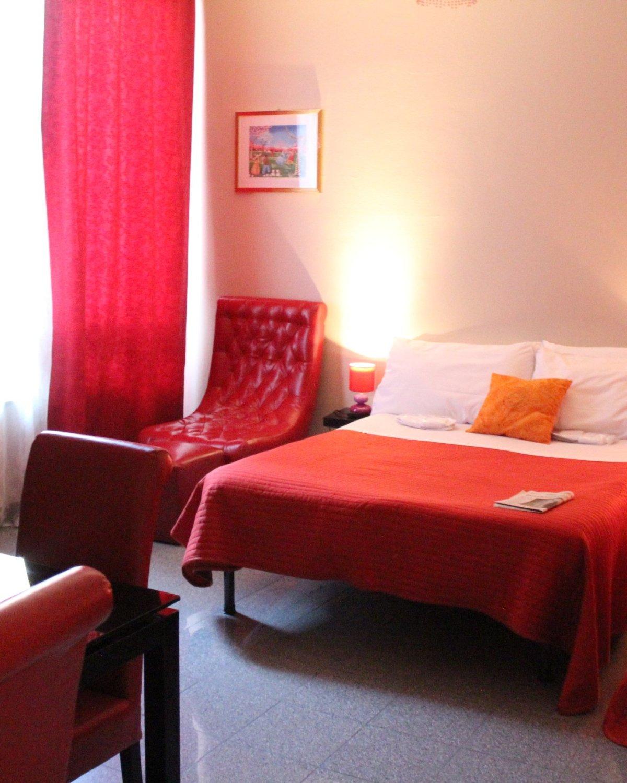 Residence Aramis Milano Downtown | KlassyKinks.com