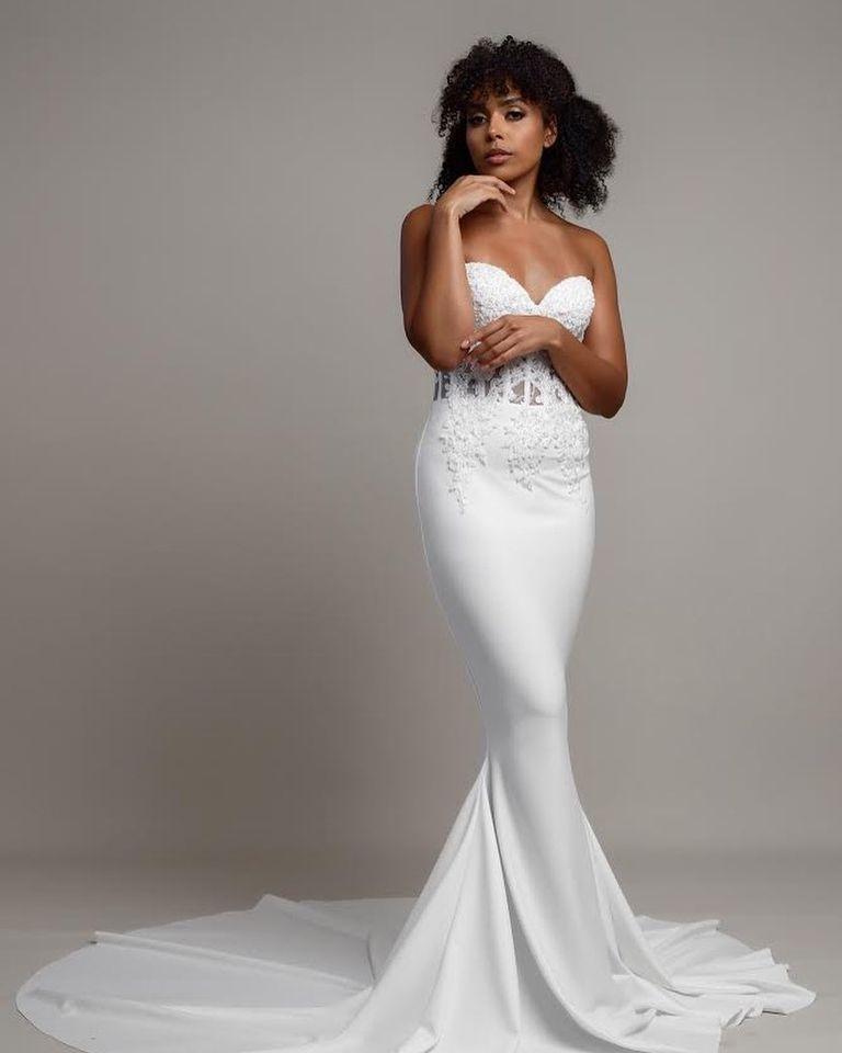 Black model in Naomi Deru wedding dress