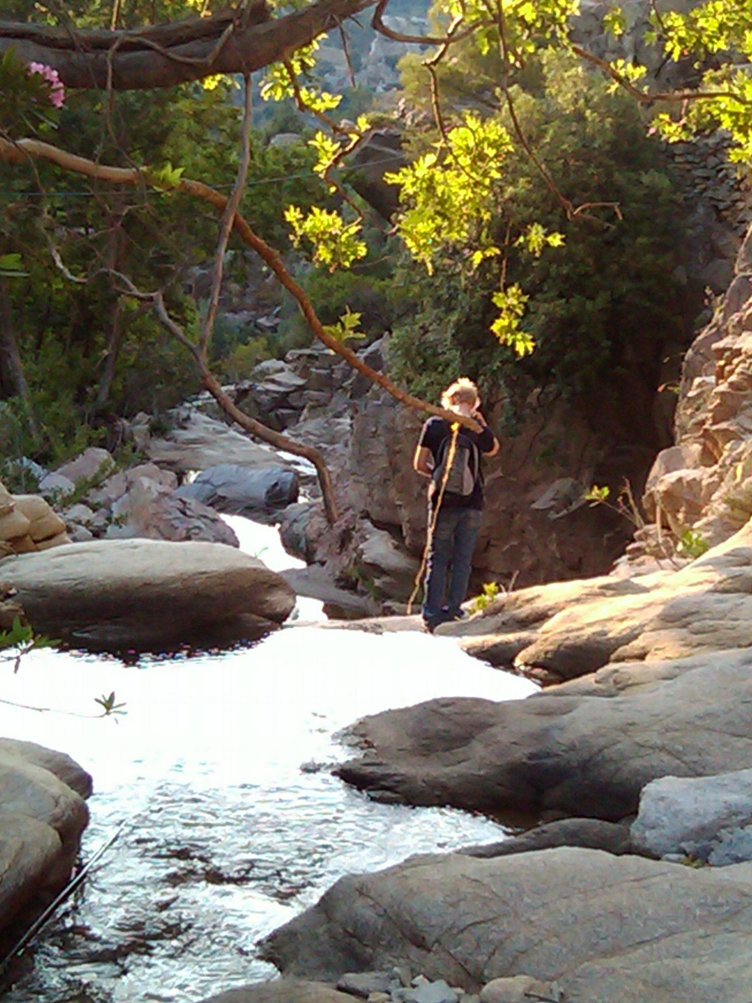 Hiking Amenistis, Ikaria – circular route   Στα μονοπάτια του Αρμενιστή, Ικαρία – κυκλική διαδρομή