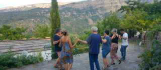 (English) Traditional dance lesson & Hiking Arethousa-Karavostamo