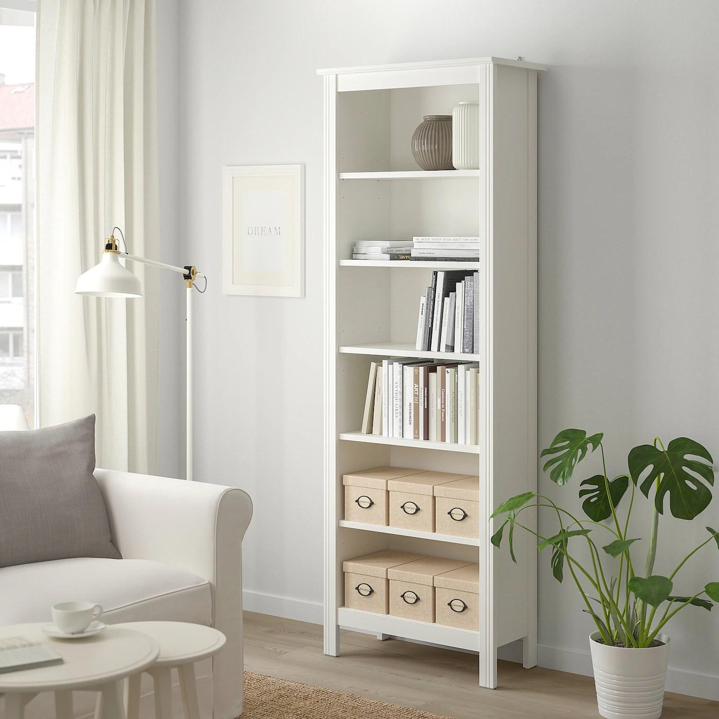 BRUSALI Bücherregal, weiß, 67x190 cm. Jetzt informieren ...