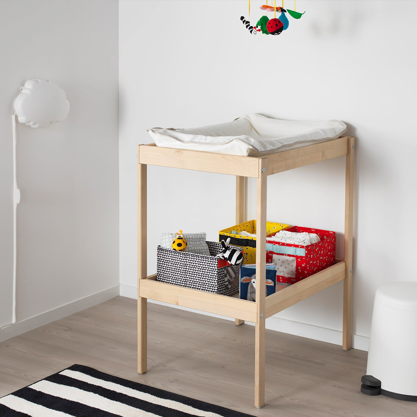 ikea table a langer commode sniglar