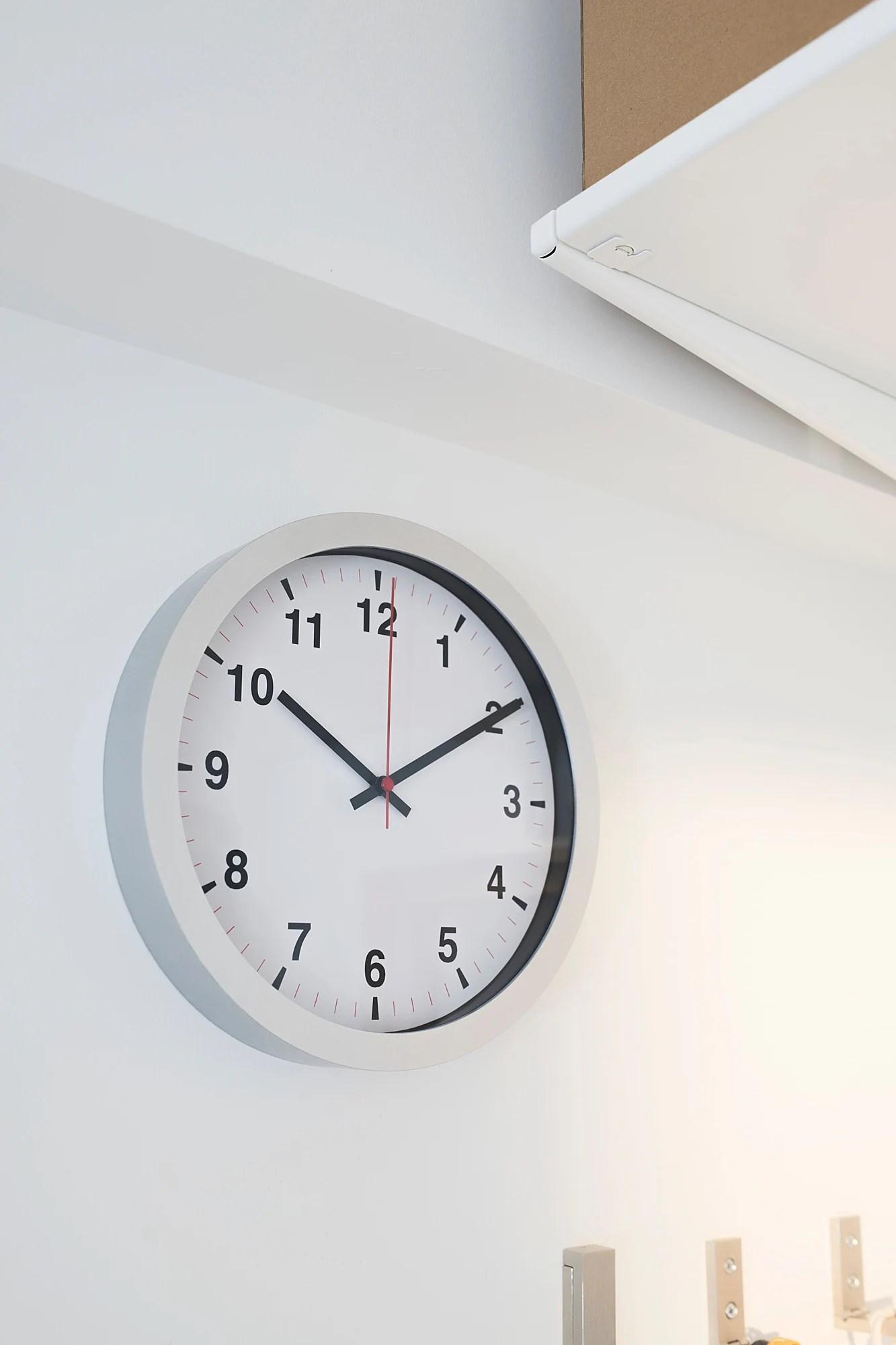 Tjalla Horloge Murale Ikea