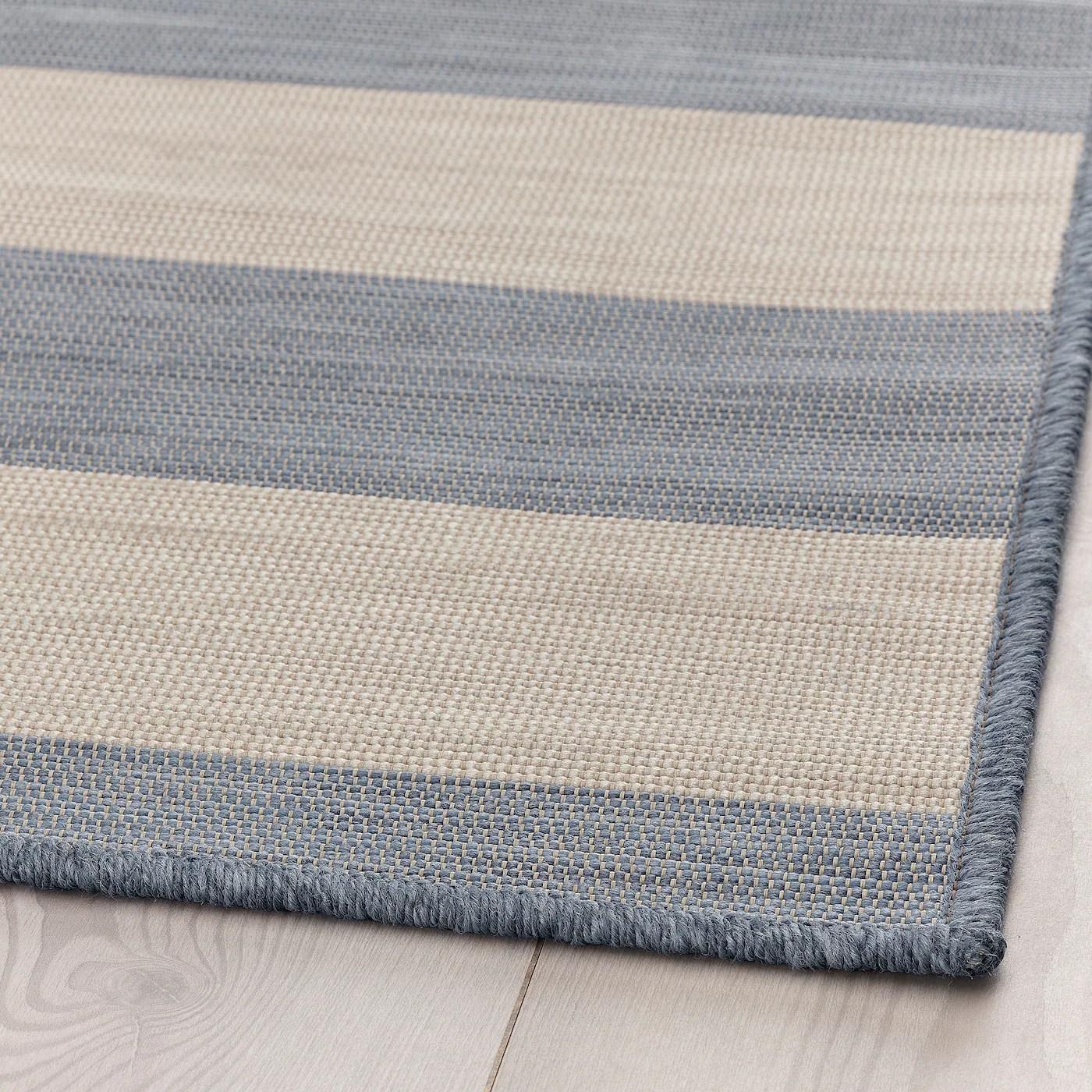 vrensted tapis tisse a plat int exterieur beige bleu clair 133x195 cm
