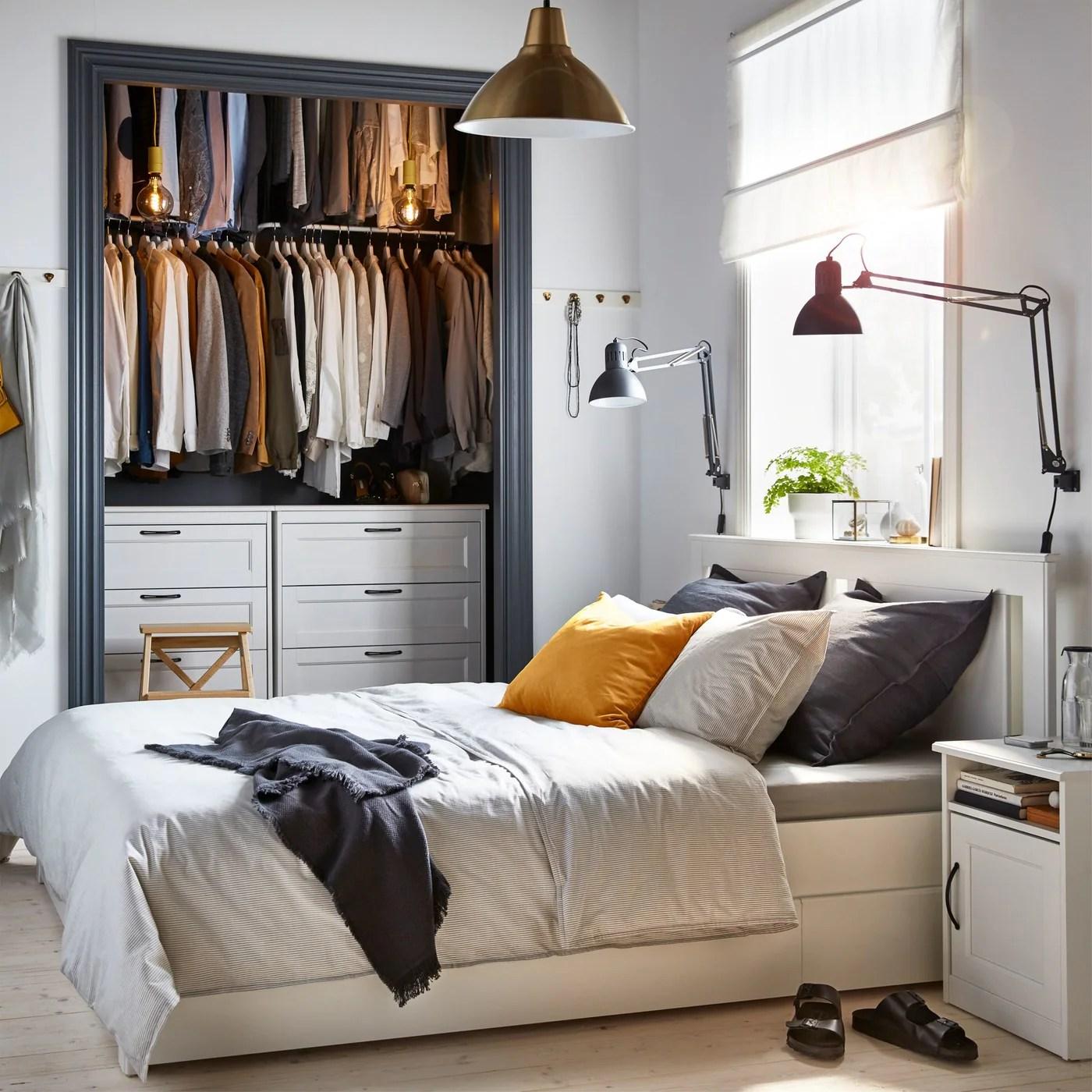 une chambre a coucher elegante et