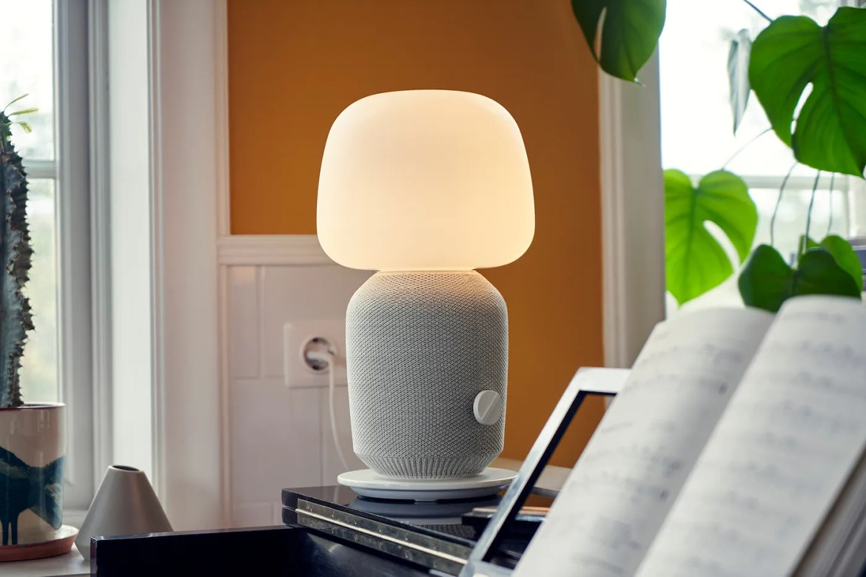 Lampada da tavolo con cassa Wi-Fi SYMFONSIK - IKEA