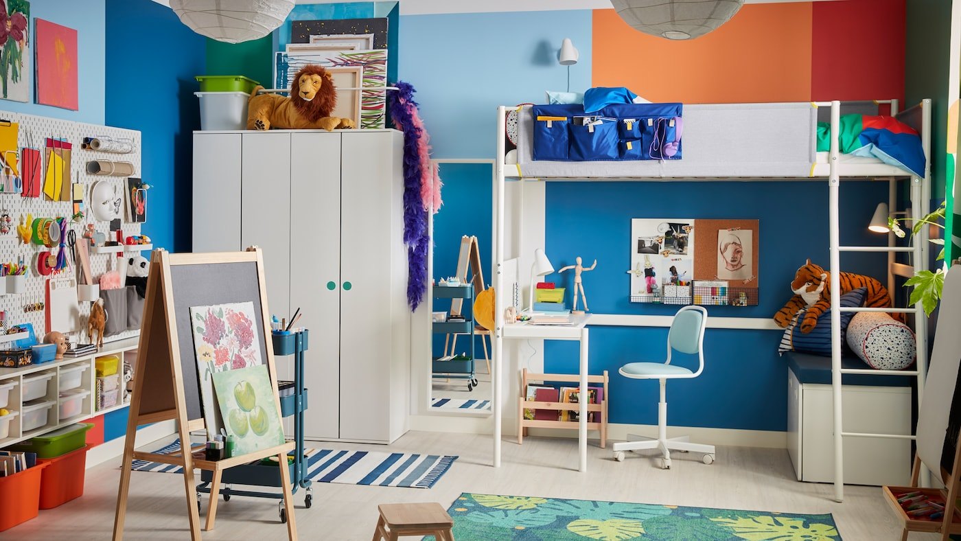une chambre d enfant ou jouer et rever