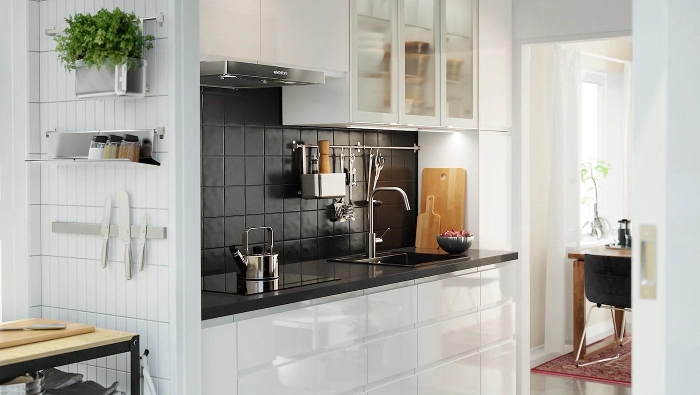 voxtorp blanc brillant une cuisine
