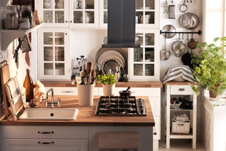 Small space   IKEA Kitchens for small spaces in great designs