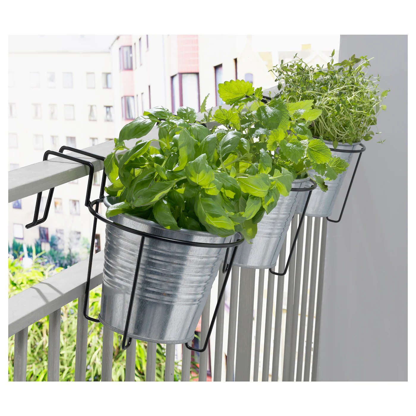 svartpeppar plant pot holder in outdoor black 16 cm