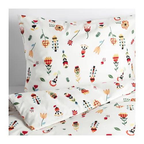 ROSENFIBBLA Påslakan 1 örngott IKEA Bomull är mjukt och skönt mot din hud. Dolda tryckknappar håller täcket på plats.