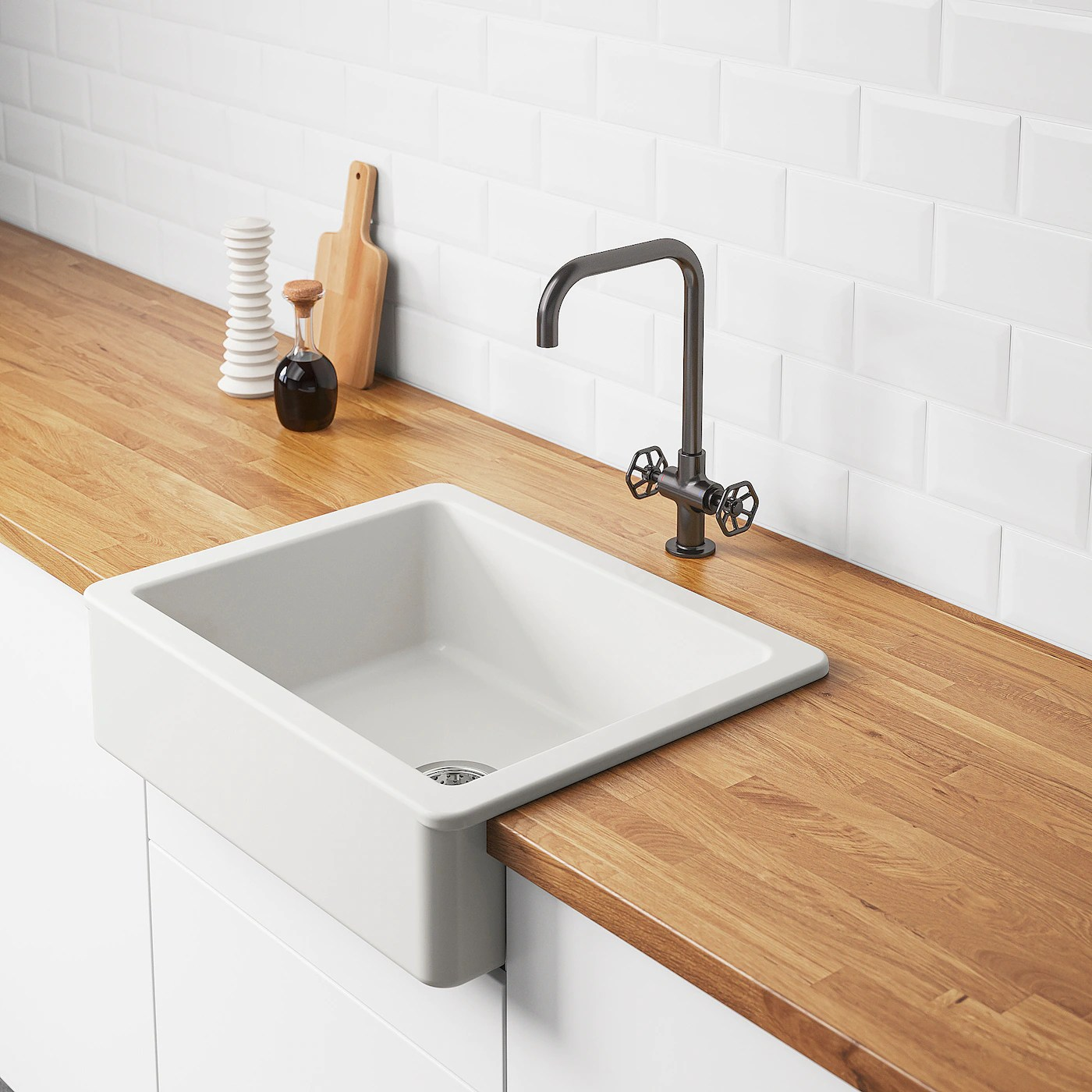 havsen apron front sink white 25x19