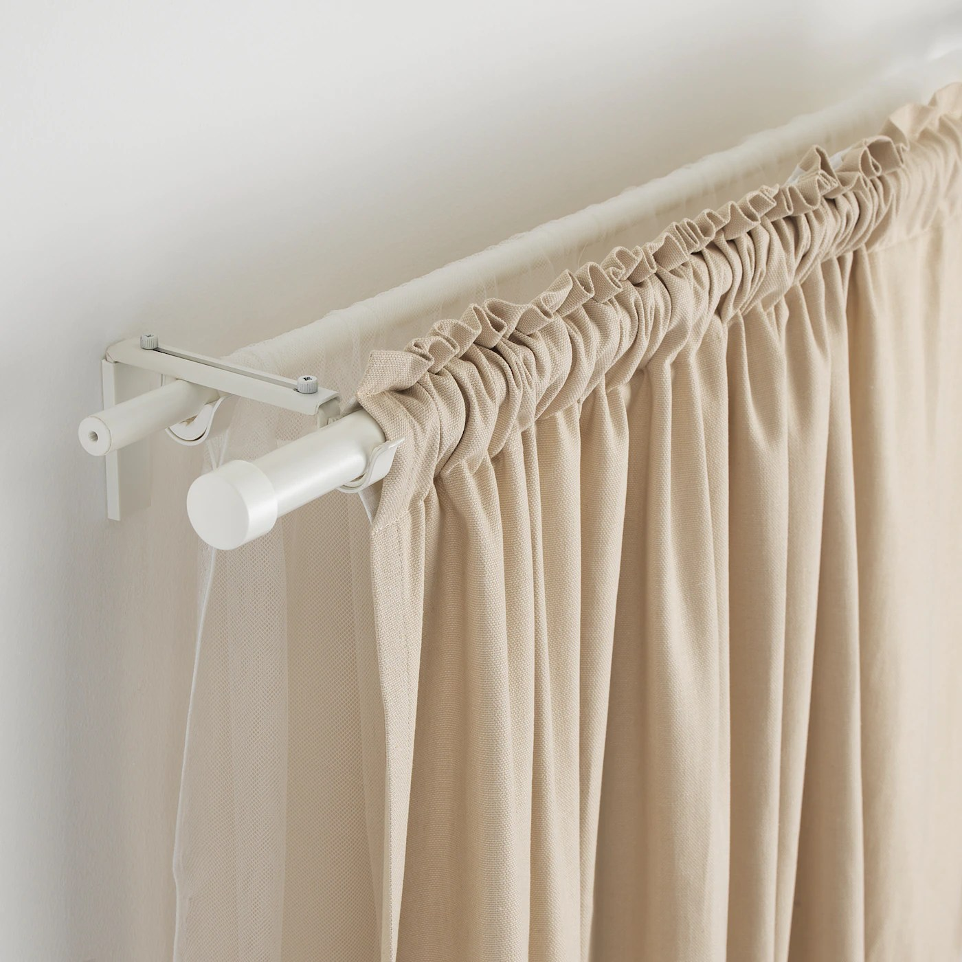 hugad curtain rod white 83 152