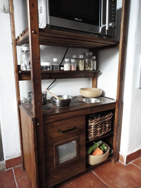 Fancy  Built in Play kitchen