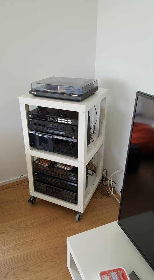 IKEA Hifi Rack in use