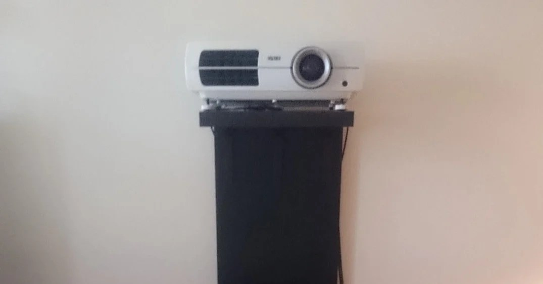 A Video Projector Stand That Wont Screw Up Your Wall