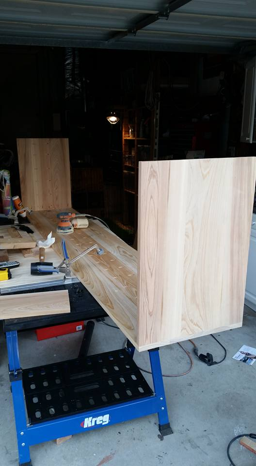 Attach the sides to the planks