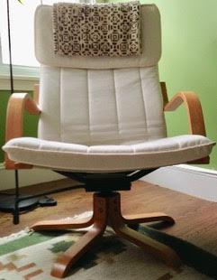Swivel PONG chair