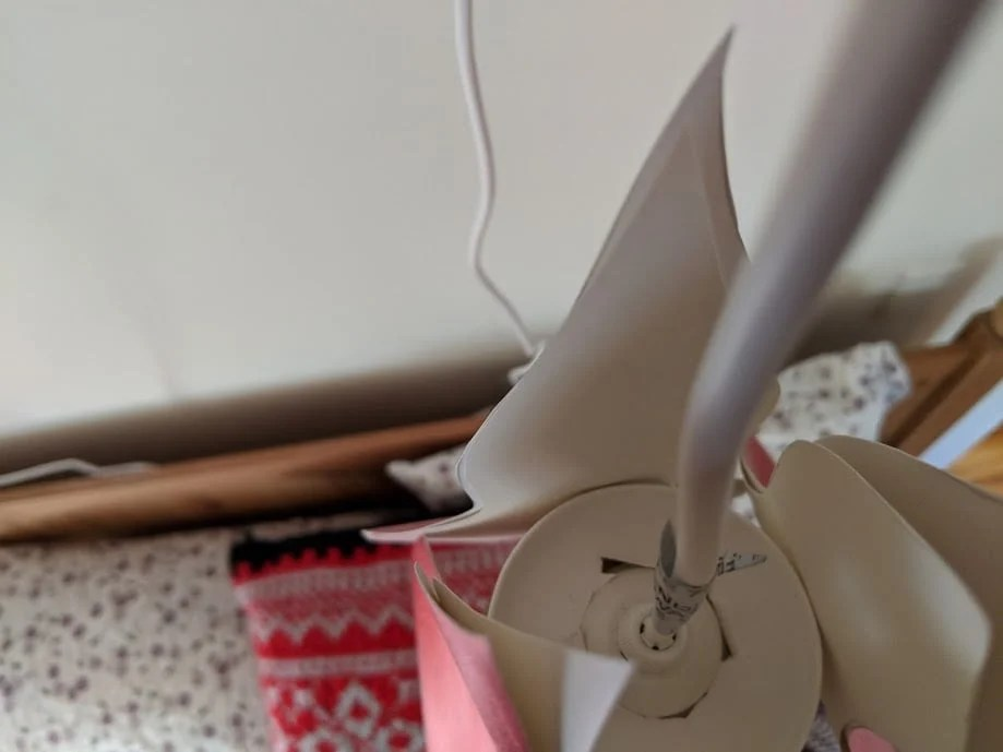 Karin Larsson's famous lily lamp inspired this hack