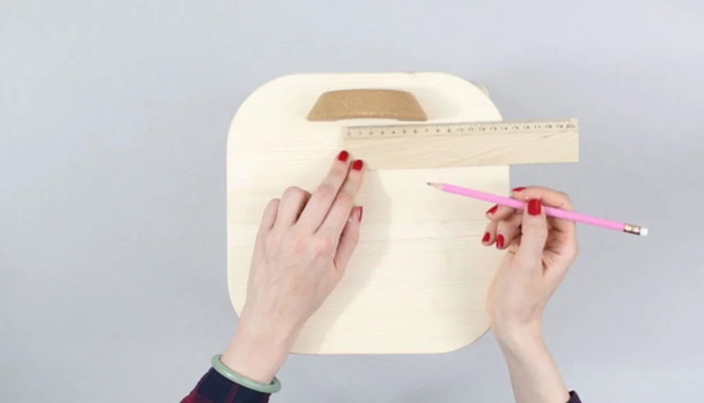 measure placement on the children's stool