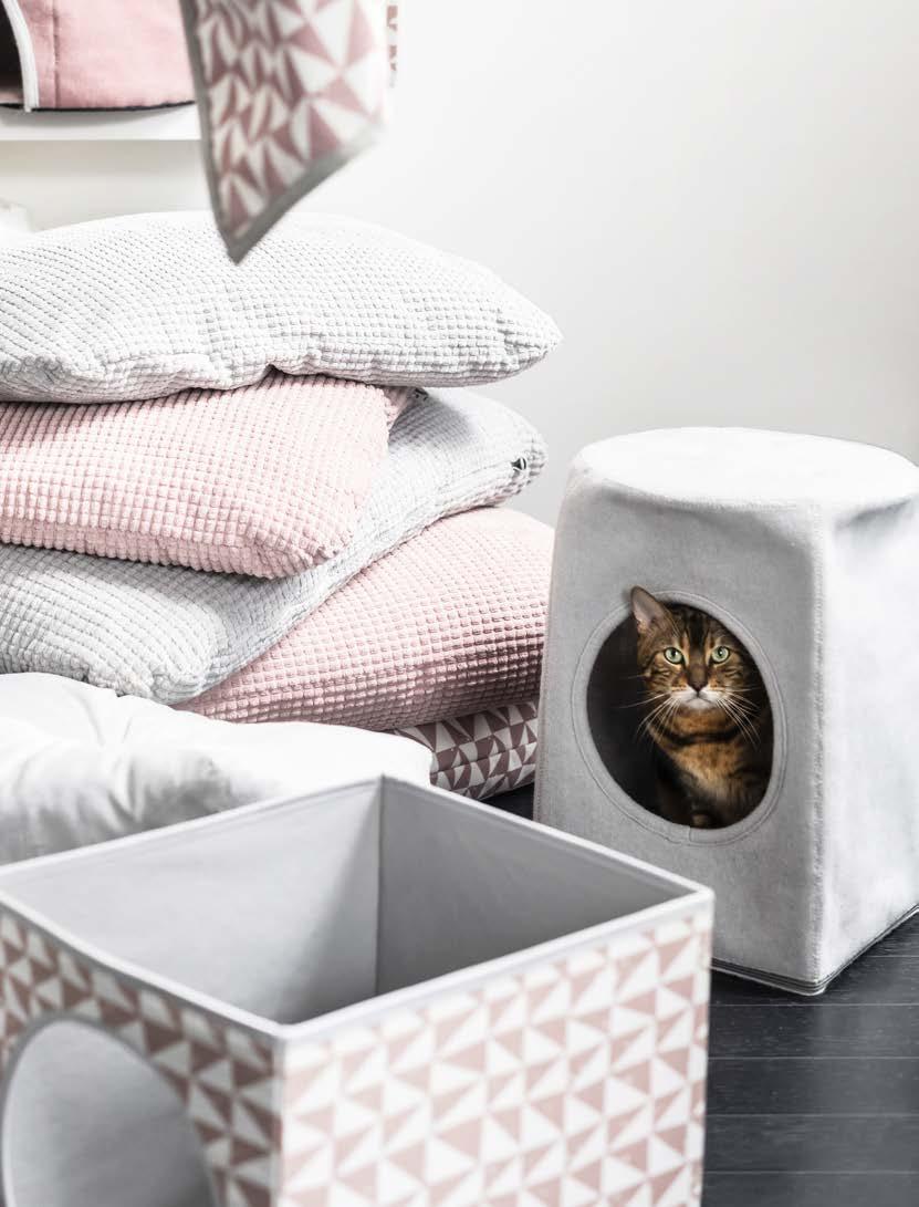 MARIUS stool cat house