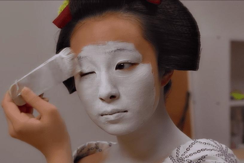geisha painting white face