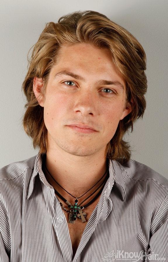 Men Long Hair Styles Trendy Long Hair Cuts For Men Men