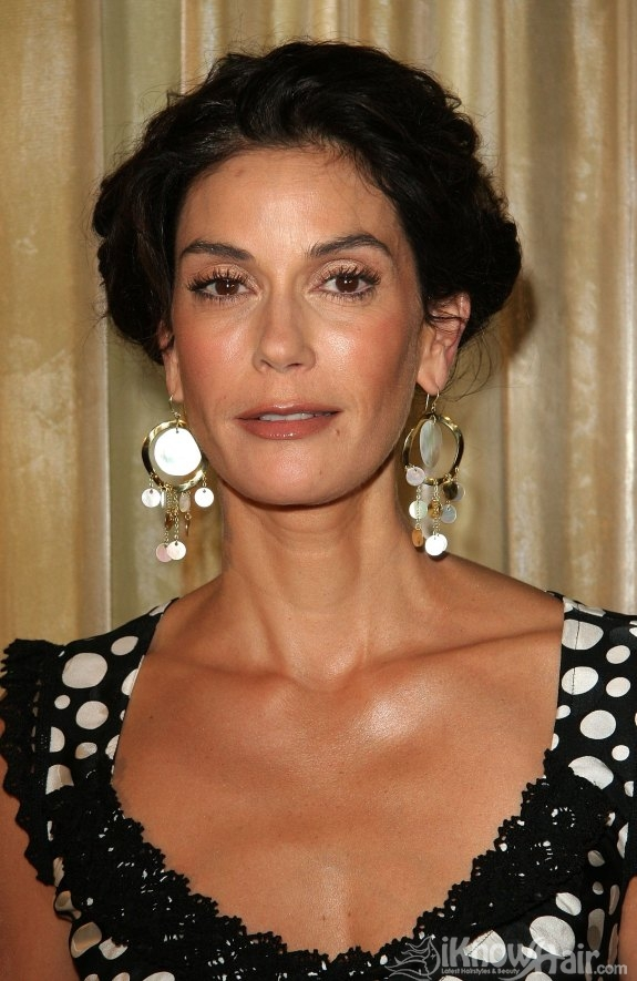 Teri Hatcher Hairstyles 2011 Teri Hatcher Hair Style 2011