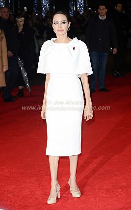 Angeline Jolie arriving at the Unbroken London Premiere © Joe Alvarez