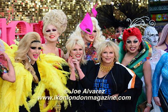Joanna Lumley and Jennifer Saunders Absolutely Fabulous The Movie London Premiere © Joe Alvarez