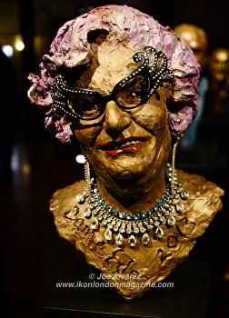 Bust of Dame Edna at Royal Sculptor Frances Segelman Heads at The Tower exhibition © Joe Alvarez