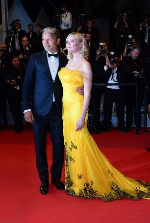 Mads Mikkelsen, Kirsten Dunst Cannes Film Festival 2016 © Joe Alvarez
