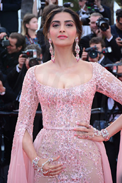 Sonam Kapoor The Meyerowitz film premiere Cannes Film Festival © Joe Alvarez