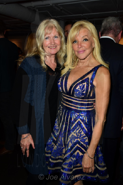 Debbie Moore (Founder of Pineapple Dance Studios) and Frances Segelman at Frances Segelman Live Sculpting Event © Joe Alvarez