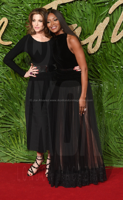 Stephanie Seymour and Naomi Campbell attend the Fashion Theatre Awards at Royal Albert Hall, London.