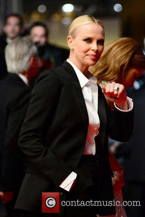 Charlize Theron 69th-cannes-film-festival-© Joe Alvarez