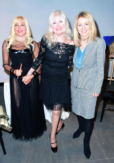 Frances Segelman, Debbie Moore OBE, Esther McVey Debbie Moore OBE sculpting by Frances Segelman © Joe Alvarez