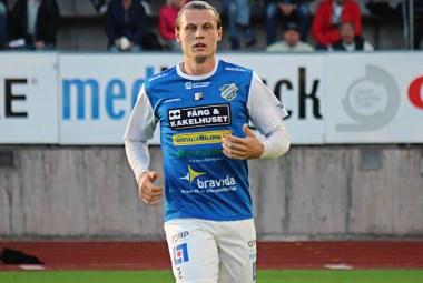 Marcus Haglind Sangré i bortamatchen mot FC Trollhättan på Edsborg. FOTO: Susann Sannefjäll