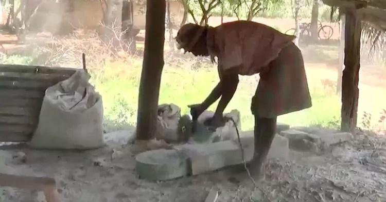 IMG 1363 கோவிட் -19 இன் தாக்கத்தால் வருமானமிழந்த ஒரு சிற்பக் கலைஞரின் இன்றைய நிலை...! -கோ.ரூபகாந்